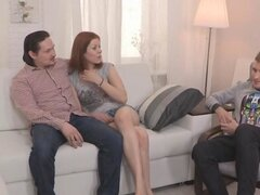 pelirroja ruso churri cucks su novio