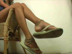 Chicas sexy en Sexy Flip Flops 4