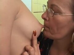 Pornstar caliente en dildostoys loco, gilf xxx video