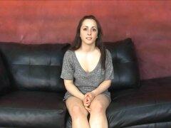 Kristina Bella cara follando porno video