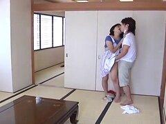 Joven esposa y suegra joven escena 8(censored)