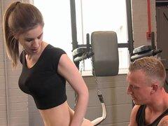 PURO XXX películas impresionantes Stella Cox golpeó en el gimnasio