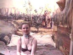 Tetona y peluda novia amateur anal con semen, una novia tetona amateur con coño peludo casero anal la acción del hardcore con enormes cum carga en sus senos grandes!