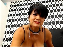 freaky Latina Milf Drinks Her Own Creamy Squirt On Cam At