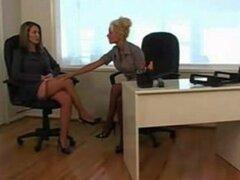 Chica lesbiana lesbianas en la oficina 1 de 4 D10 sobre lesbianas chica