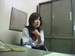 Perfecto japonés pelados en la oficina por su jefe kinky, tiras perfectamente caliente chica japonesa en la oficina de su jefe pervertido en este caliente video de cam de espía japonés y se ve increíble. Sus activos son simplemente mente soplando.
