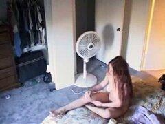 Paisa ver de no mi hermana desnuda en la habitación. Oculta. Paisa ver de no mi hermana desnuda en la habitación. Cam oculta
