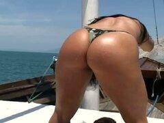 Amandah Matarazzo obtiene coño brasileña follada por detrás