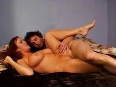 MILF disfruta del sexo caliente