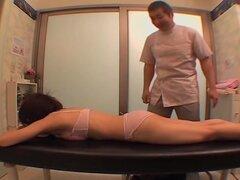 Películas de cámara voyeur una nena japonesa disfruta de un masaje caliente, flaca y petite puta japonesa con un enorme muff peluda obtiene duro abarrotada en esta película de sexo japonesa voyeur y se ve bastante genial. La Cremita que ella consiguió al