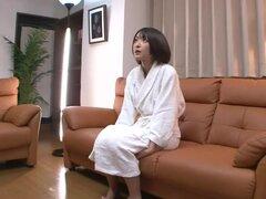 Minami Hirahar gloriosos actos travieso en un Casting porno