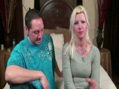 Casting amateur desesperada madura parejas primera vez película madres esposas necesidad dinero f
