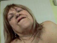abuela gorda Kiki