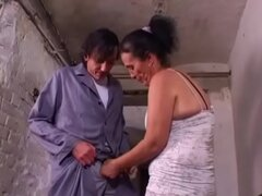 Abuela hace Anal