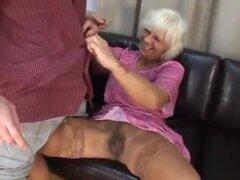 Granny obtener follada - 15,
