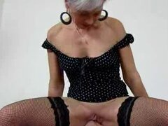 High heels fishnet stockings milf Beate dirty pussy eating. Attractive amateur milf Beate got hot legs high heels and stockings enjoying facesitting and pussy eating