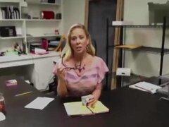 Latina de grabación como mi secretaria me hace una rico oral