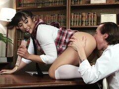 Prueba de sabor de sexo oral, Sexo Oral amos Mia Li y Owen Gray realizar un experimento de ciencia sexy para responder a la pregunta de cuánto lo que comemos afectan la manera de nuestro jugo y sabor durante el cunnilingus y el felatio. Dos semanas antes